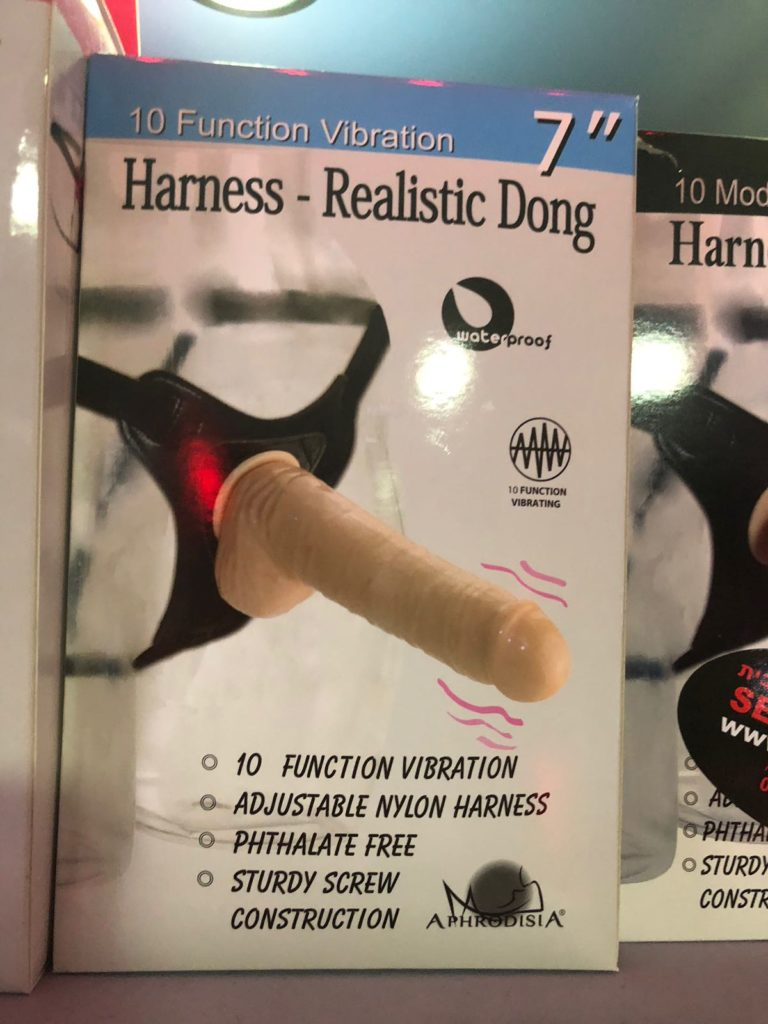 HARNESS – REALISTIC DONG